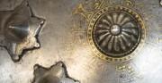Tarcza kolista SEPAR - Persja XVII/XVIII w [od góry: stan przed oraz po konserwacji i restauracji]