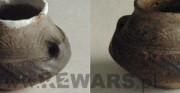 ceramika archeologiczna - kultura łużycka; dla PRIMA PORTA Antiquities [po lewej stan przed restauracją, pośrodku stan w trakcie restauracji, po prawej stan po restauracji]