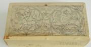 tabliczki woskowe - średniowiecze [kopia poliptyku XIV z Torunia, zdobienie jednej z okłądek wzorowane na przedstawieniu z XIII wiecznego manuskryptu]