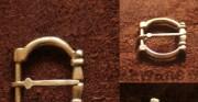 klamra - XIII-XV wiek; mosiądz [kopia na podstawie fotografii]