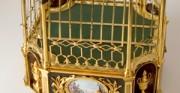 Złocona klatka z zegarem - [od lewej: stan przed konserwacją i po konserwacji i restauracji]