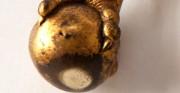 Złocona klatka z zegarem, detal - [od lewej: stan przed konserwacją i po konserwacji i restauracji]